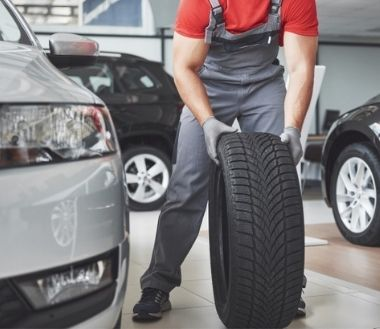 What Are The Best Types of Tyres Suitable for All Conditions?