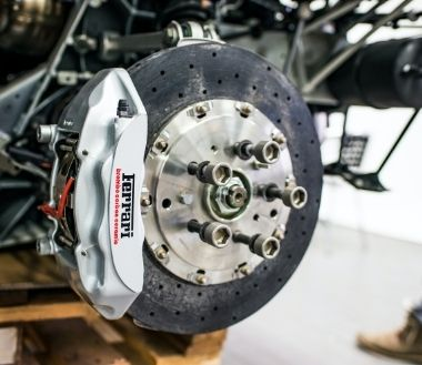 Warning Signs That Your Brakes and Clutches Are Unsafe